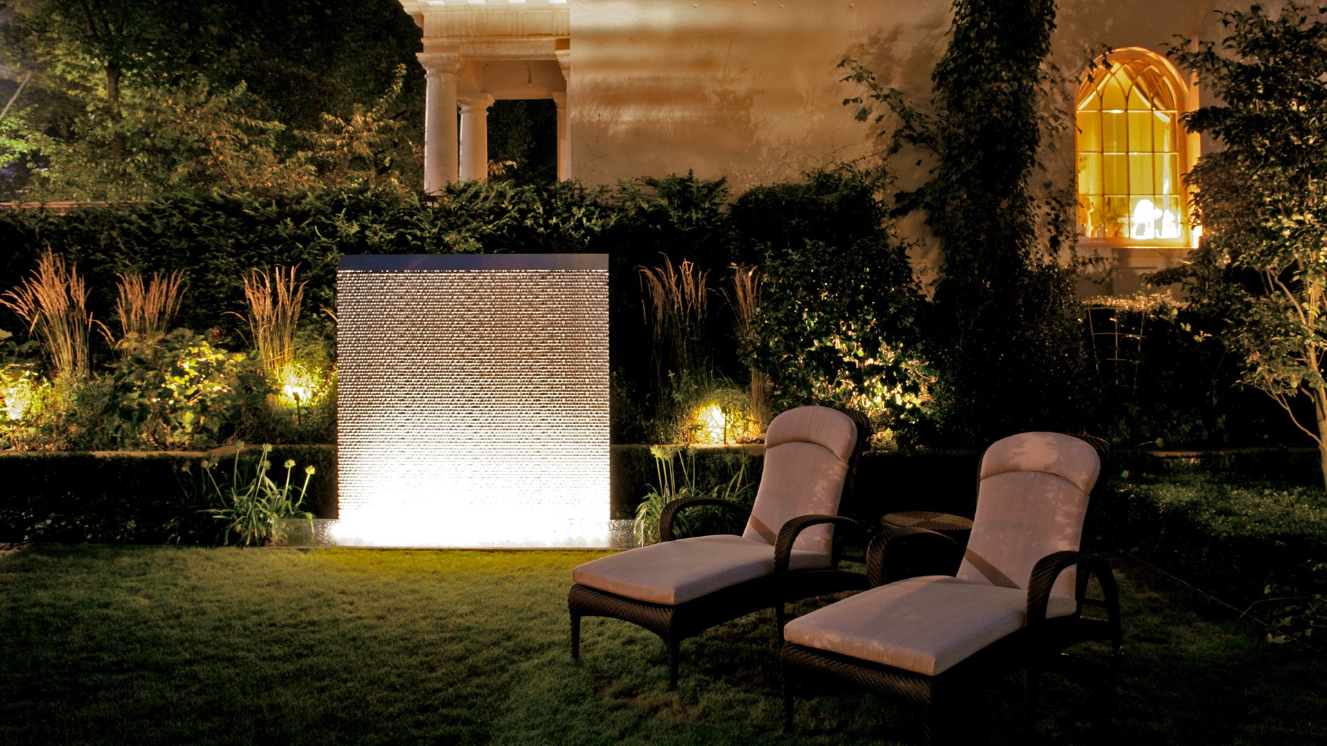 Enhance your garden's ambiance